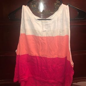 PINK AND WHITE GILLY HICKS TANK TOP!!